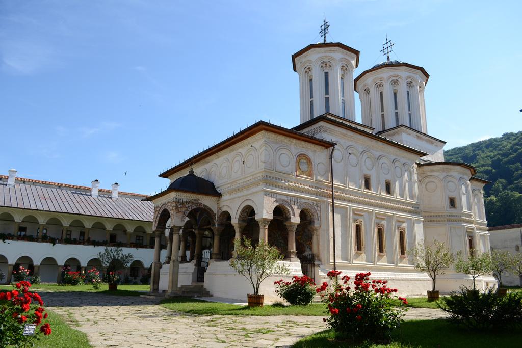 Mănăstirea Horezu, capodopera Brâncovenilor